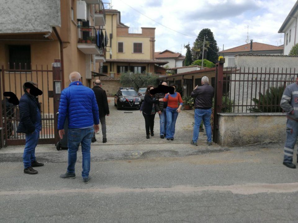 Omicidio a Cave: uccide la moglie a colpi di pistola