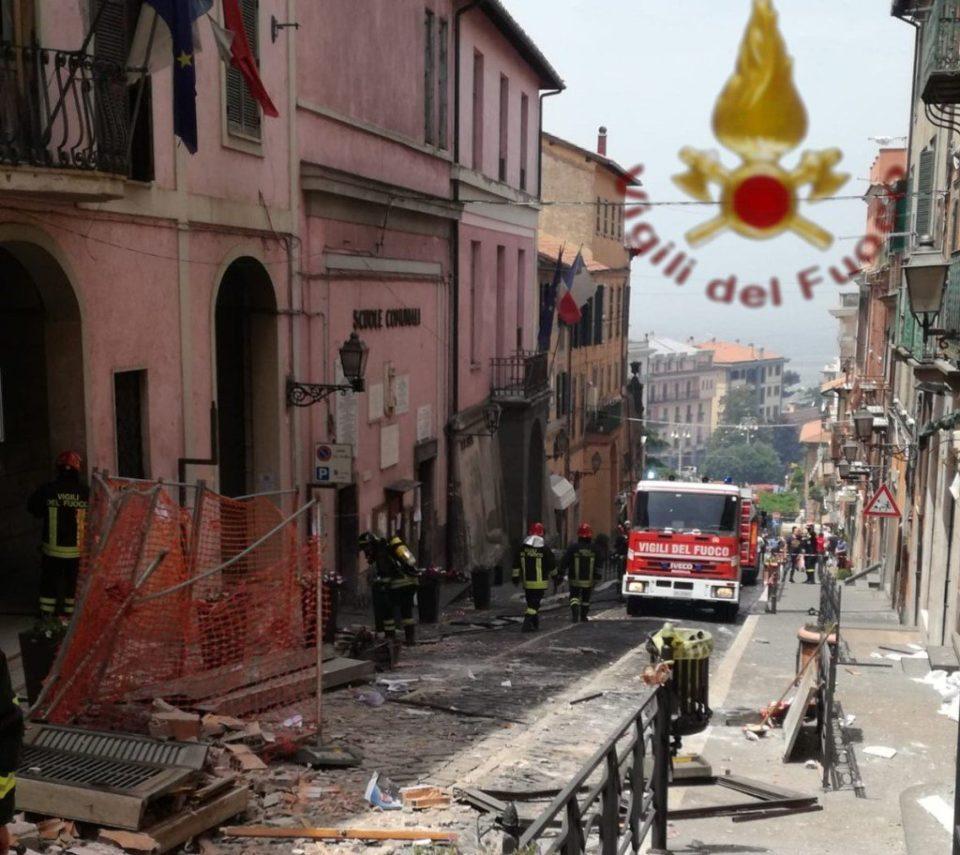 Rocca di Papa, esplosione in Comune